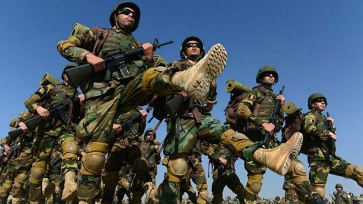 Listas de regimentos do país estão cheias de nomes falsos ou de soldados mortos; corrupção no Exército e alto número de deserções estão entre principais razões.