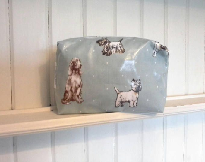 Dog breeds. Large oilcloth makeup bag. Wash bag. Toiletry bag. Beauty pouch. Oilcloth pouch. Gift for her. Dog lover gift. Dog themed gift.