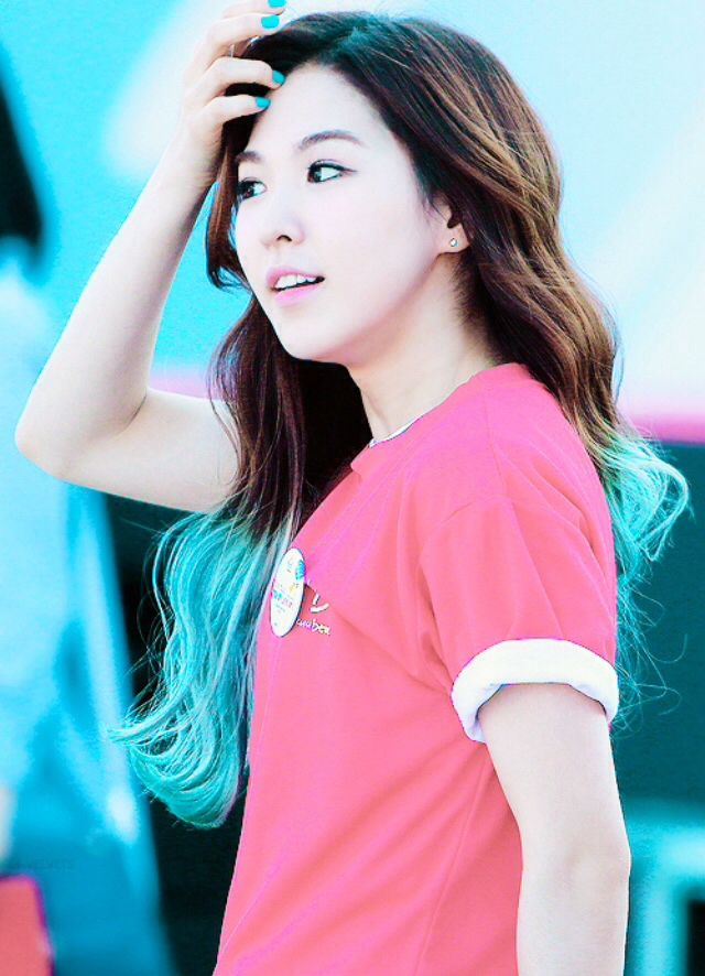 Red Velvet Wendy S Best Hair Color Random Onehallyu