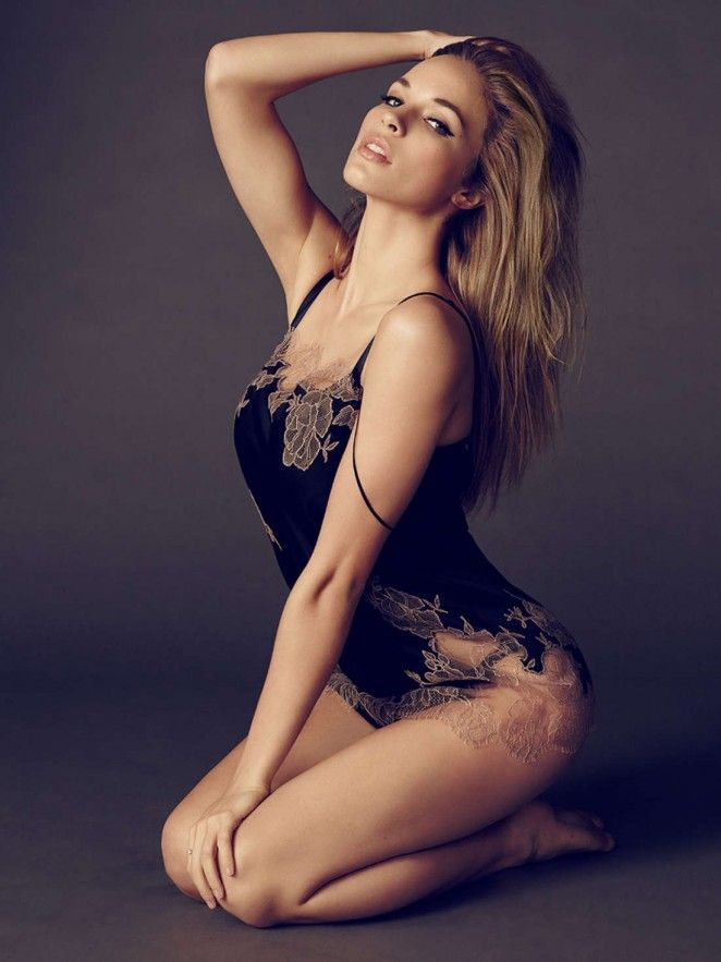 Alexis Knapp – Esquire UK Magazine (June 2015) - Daily Actress