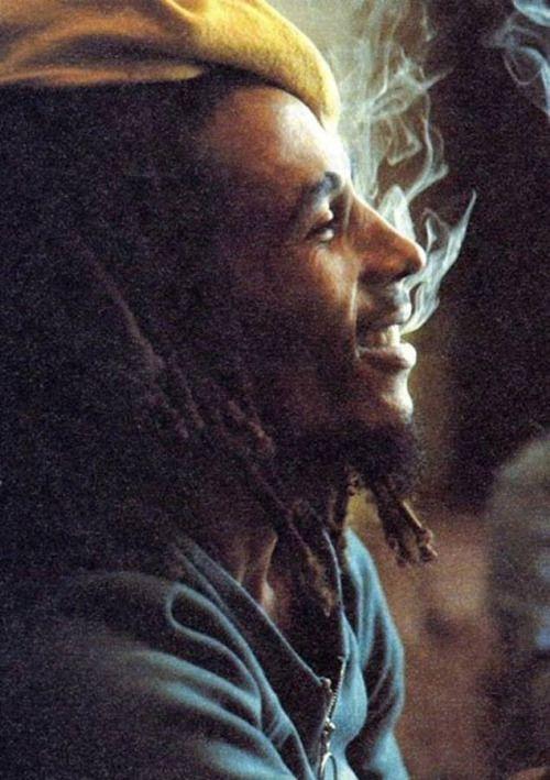 marihuana del pote cannabis leyenda rasta trippy Bob Marley Reggae fumar hierba hornear Marley trino