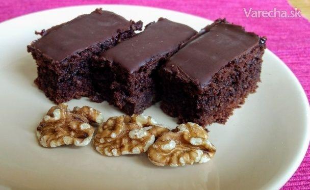 Orechovo-čokoládový koláč (videorecept)