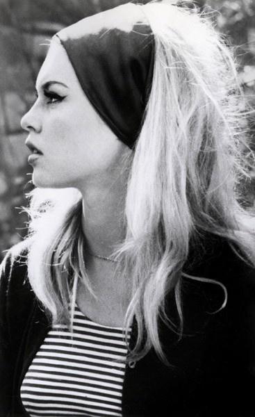 Bridget Bardot~ love her simple style!