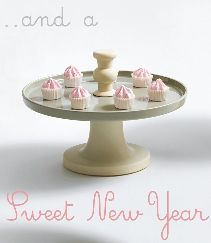 Sam Baron for BOSA - Tray for table #decoration in #colored glazes The #NewYear starts with a #party! http://bit.ly/1DaGIu5 #cakes #food #design #kitchen