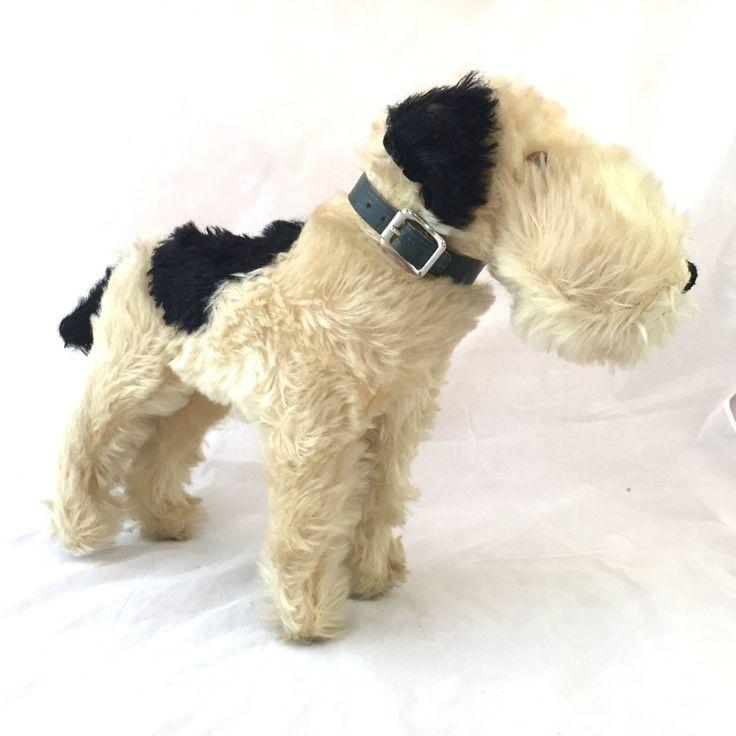 Jahrgang Wire Fox Terrier Plüsch Hund, Airedale Terrier hart Stofftier, starre und feste stehen schwarz und weiß Hund Steiff-wie Glasaugen von TexasGalTreasures auf Etsy https://www.etsy.com/de/listing/274429426/jahrgang-wire-fox-terrier-plusch-hund