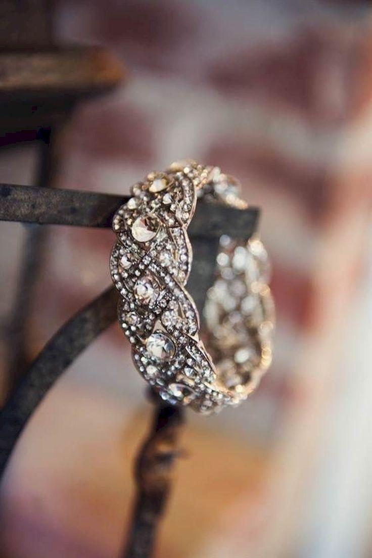 Cushion cut vintage engagement ring (38)