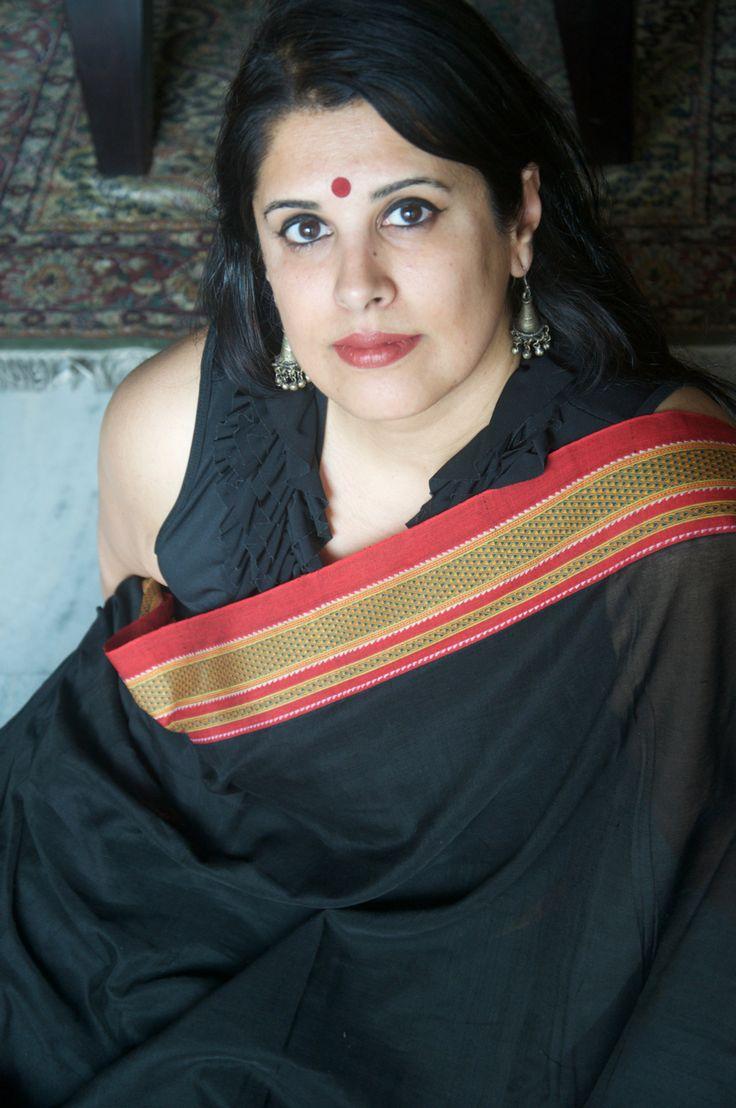 Handwoven cotton Irkal saree with chikki paras border.