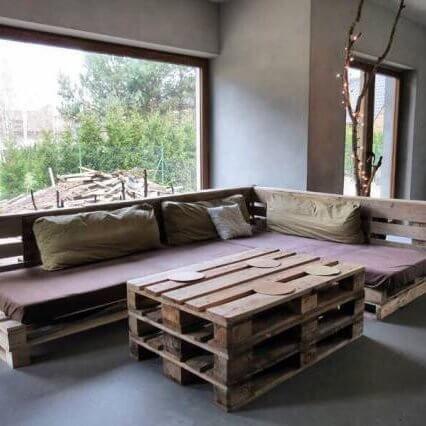 Диваны из поддонов в киеве, диван из паллет любой сложности.