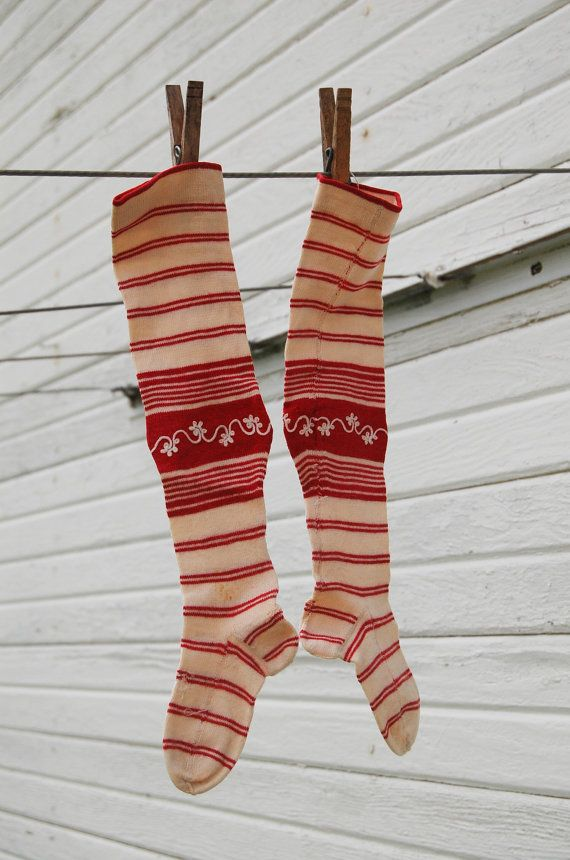 Socks scandinavian christmas Red and White by theprimitivehome
