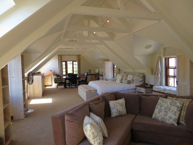 Magnificent property- Welcoming home with american oak flooring and exquisite finishes throughout.