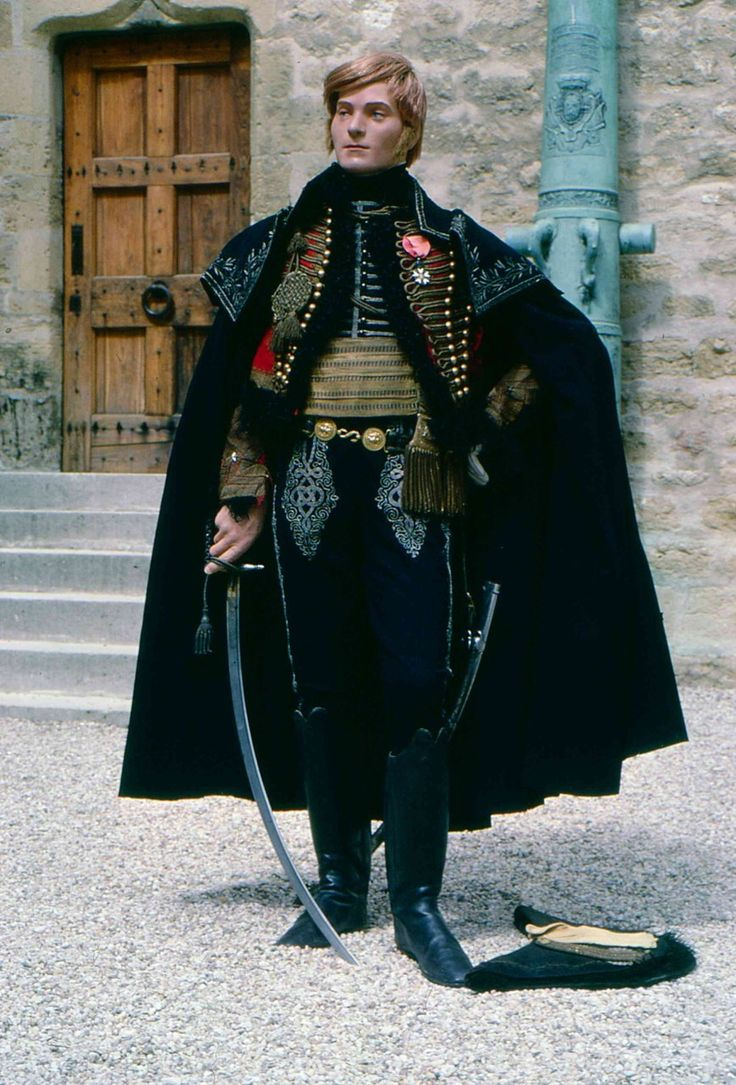 The French Minimalist Capsule Wardrobe Winter 2018 2019: General Of Brigade Of The French Light Cavalry (1812-15