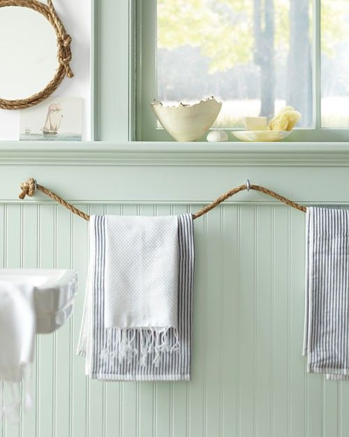 Rope towel bar - lake or beach house or... Nautical theme bedroom and bath. I LOVE this!! How about along side the garage for beach towels?!........this could be hung all along your pool rail