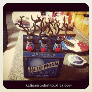 This is an adorable Christmas gift idea for anyone. I made a 6 pack of beer one for a gift a few years back, and also made them with the Coca-Cola that comes in the glass bottles for a bunch of underage friends and family! They turned out great and I love this idea. It …