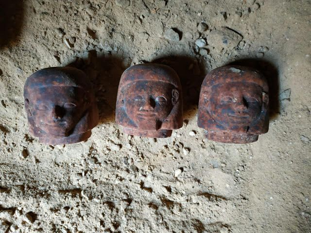 م أحمد سويلم الكشف عن بئر دفن به بقايا تماثيل من عصر الدولة الو Blog Posts