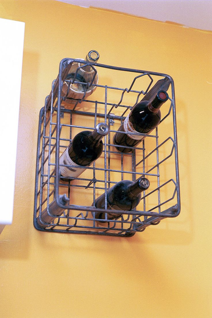 Best 25 milk crate furniture ideas on pinterest for Crate wine rack diy