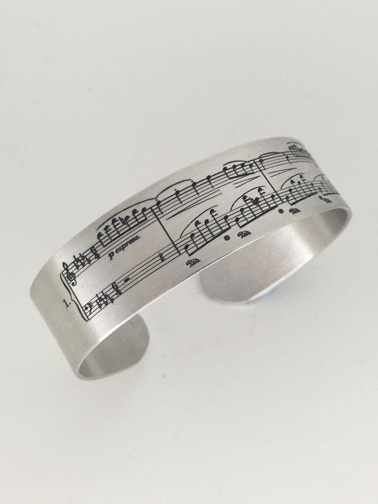 BRAZALETE XL pulsera de plata de ley. Joya grabada personalizada con partitura. Para amantes de la Música, la partitura de tu canción grabada en la pulsera brazalete , regalo único y  exclusivo. #joyasquehablandeti