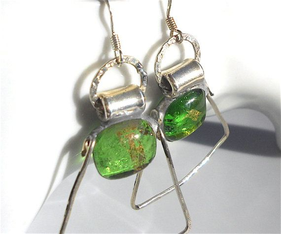 Earrings green glass and silverartisan glass by Dartisanglass