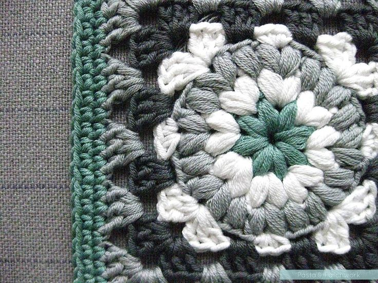 Triple Puff Granny Square