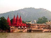 Varanasi 2 Nights Stay in Meraden Grand