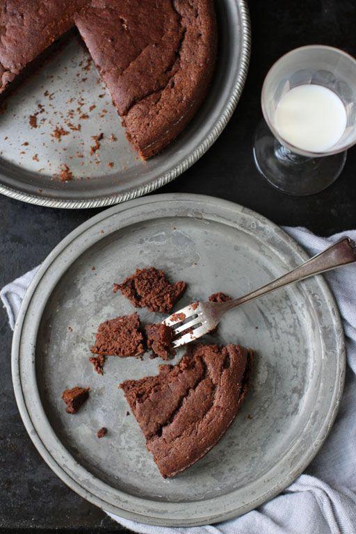 Dinkel Erdmandelmehl Schokoladenkuchen