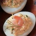 Gevulde eieren met garnalen