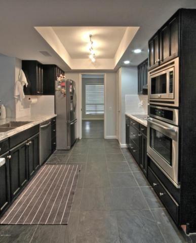 Images about kitchen on pinterest oak cabinets honey oak cabinets