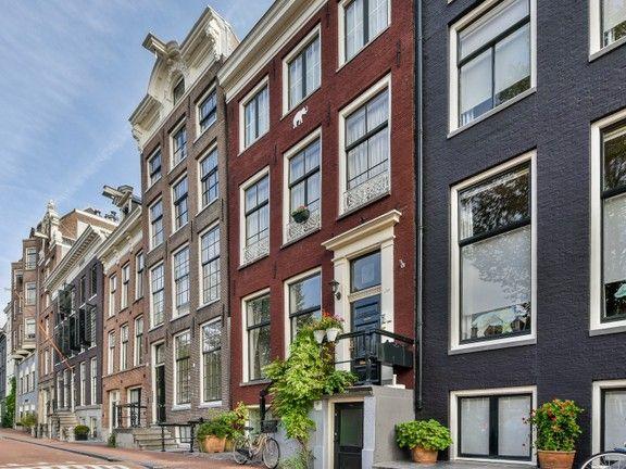 Apartment in Amsterdam Centrum Amsterdam houses