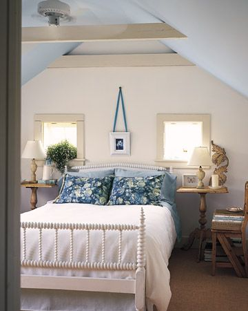 Love exposed beamsGuest Room, New England, Blue Wall, Master Beds, Blue Ceilings, Blue Bedrooms, White Bedrooms, Martha Stewart, Spools Beds