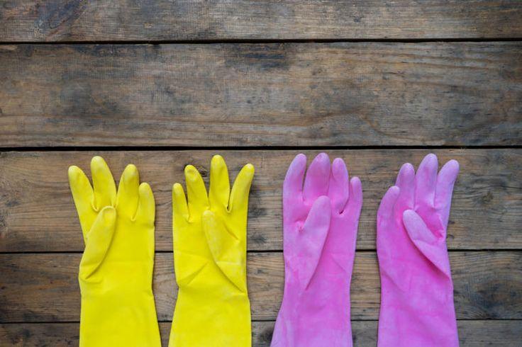Comprendre l'allergie au latex >>  Les propriétés tactiles du caoutchouc sont toujours très prisées. Mais il y a un hic: ce matériau est responsable d'allergies potentiellement sévères. - #allergie #latex #préservatif #santé #sexe #condom #fruitallergy #planetesante
