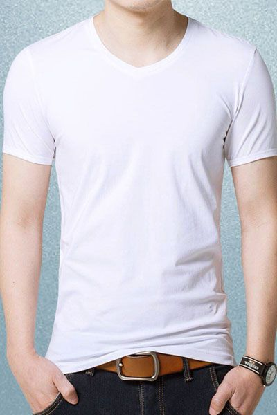 This v-neck male T-shirt by Liverpool Private Reserve is made for the utmost comfort. The fine, lightweight nature of the tee means it makes a good basic layer. Wear it under a jackets on cold days or team it with loungewear on easy-going Sundays. Made of 35%cotton and 65%Polyester, soft supple touches and easy comfortable fit.