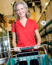 How to Start a Grocery Shopping Service for Seniors