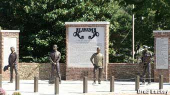 Alabama band statues.