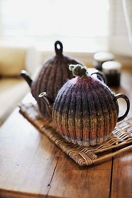 Ravelry: Ribbed & Ruffled Tea Cozies pattern by Churchmouse Yarns and Teas
