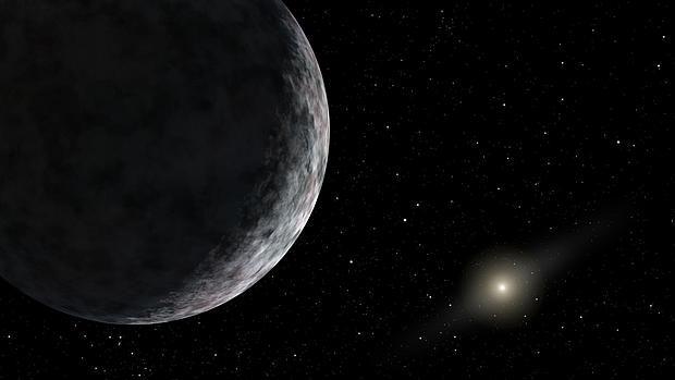 Su órbita es tan exccéntrica que no puede ser explicada por los modelos, lo que sugiere que esconde algún misterio sobre el Sistema Solar