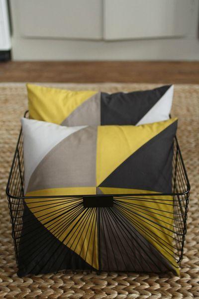 du blog Mes petits rien : Coussin géométrique
