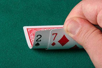 Często ludzie pytają mnie, jak należy grać będąc na blindach, więc postanowiłem napisać parę... Czytaj więcej: ♠♠♠ www.poker24.pl