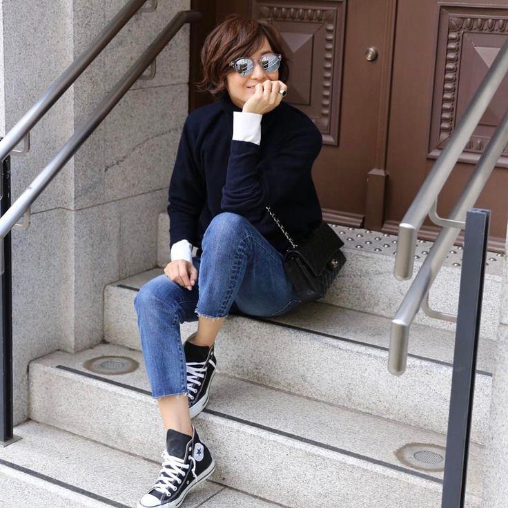 いいね!4,289件、コメント9件 ― TOMIOKA YOSHIKO OFFICIALさん(@yoshikotomioka)のInstagramアカウント: 「#outfit#redcard #yoshikotomiokaforredcard  着用color/Mid デニムの裾のフリンジを少しカットしてみました。」