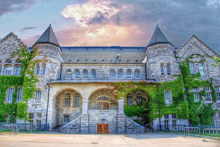 Kingston Onatrio ~ Canada ~ Queens University ~ Ontarion Hall ~ Heritage ~ Historic Canada is a North American region��_