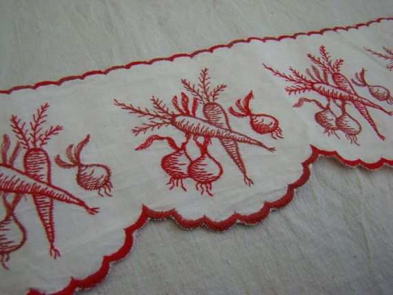 French vintage shelf border  red and white  by PetitsTresorsRetros, €16.50