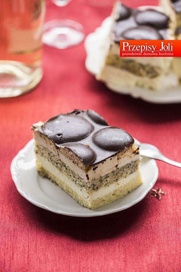 CIASTO PIJAK - sprawdzony przepis na pyszne ciasto dla dorosłych, nasączone alkoholem. Idealny na specjalne okazje i spotkania w większym gronie.