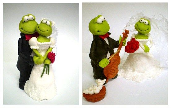So funny wedding cake decoration / figures