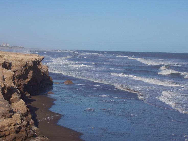 Necochea - Ubicada a 528 km de la capital argentina.