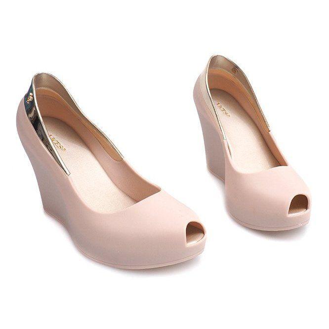 Meliski Na Koturnie Odkryte S22 Bezowy Shoes Flats Fashion