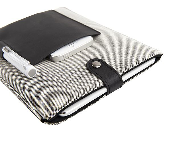 Say hello to this classic iPad mini Case #monochrome