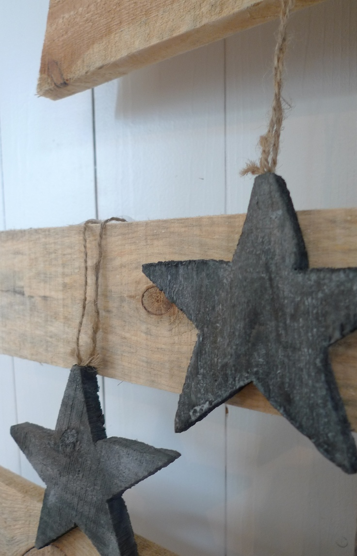 STAR add gold glitter to the edges