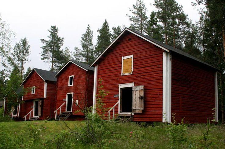 Annalan kotiseutumuseon alueella on 22 erikokoista rakennusta, joissa yli 7500 toinen toistaan viehättävämpiä esineitä.