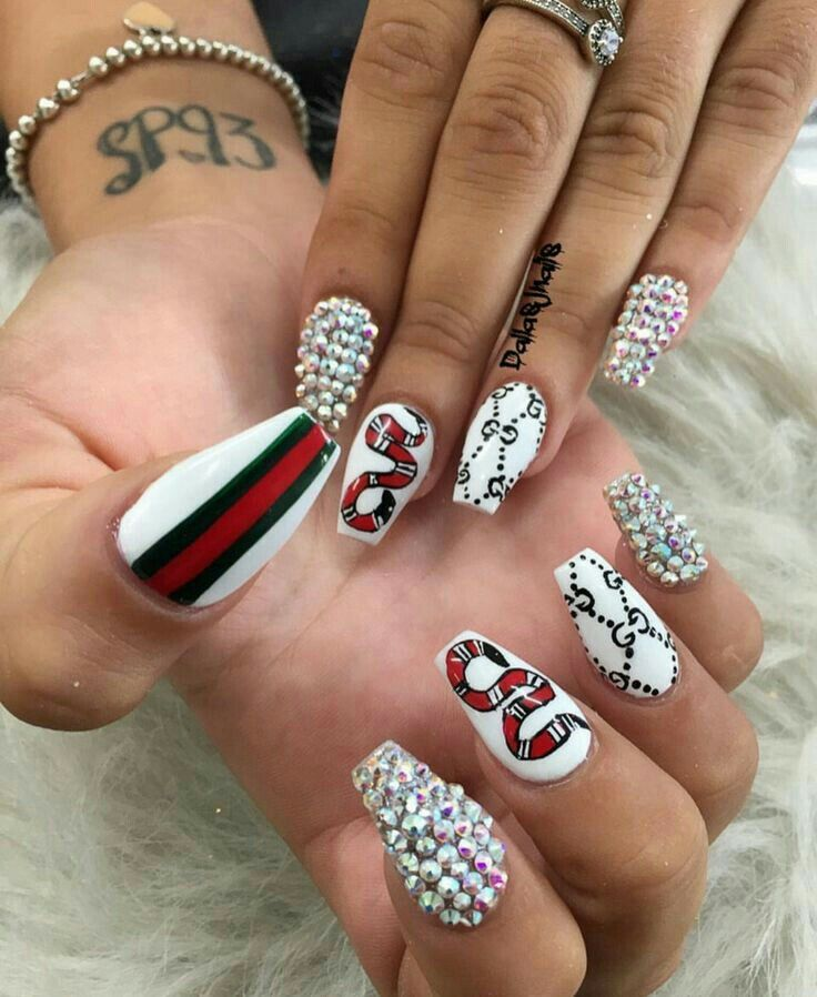 dick nails