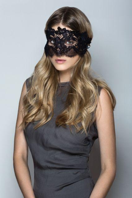 Beauty Lace Blindfold