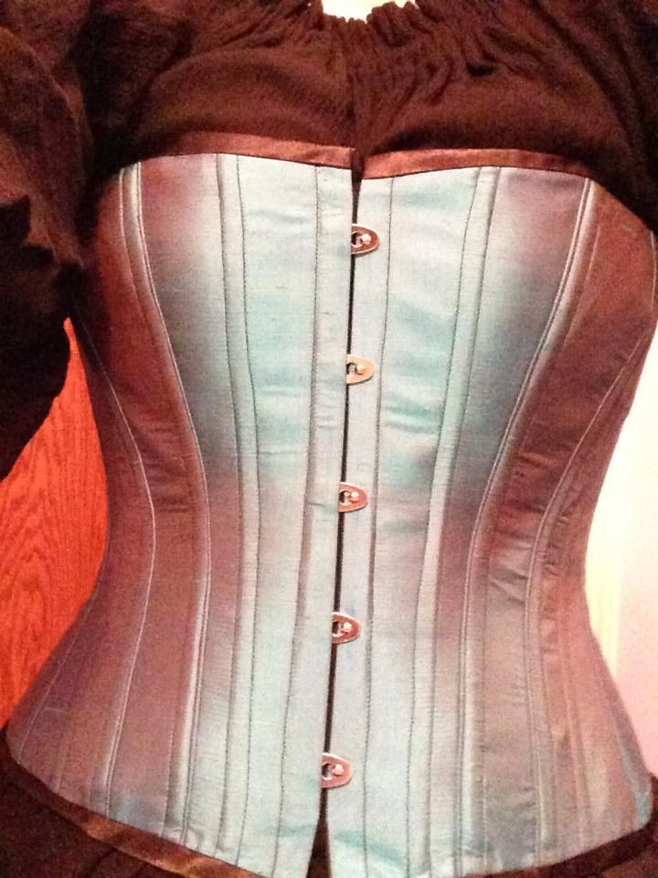 Diana K. made this oh-so-fine corset in the online Victorian Corset Class at HistoricalSewing.com