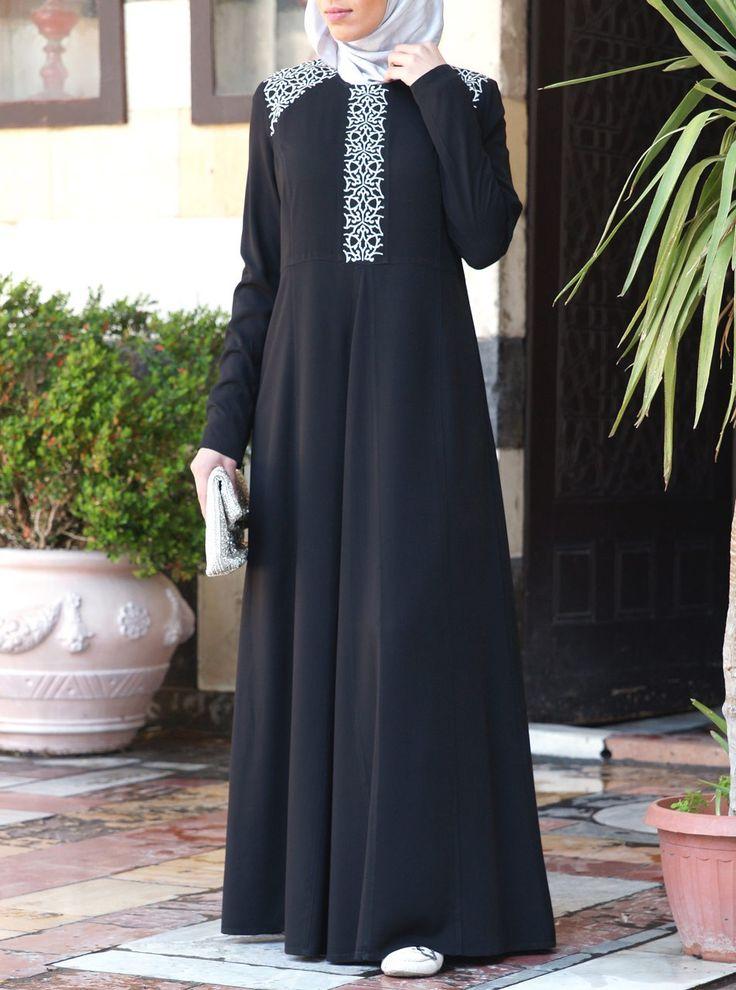 Regale Gown